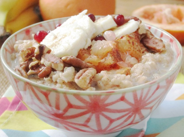 Broiled Grapefruit and Banana Oatmeal by the Oatmeal Artist