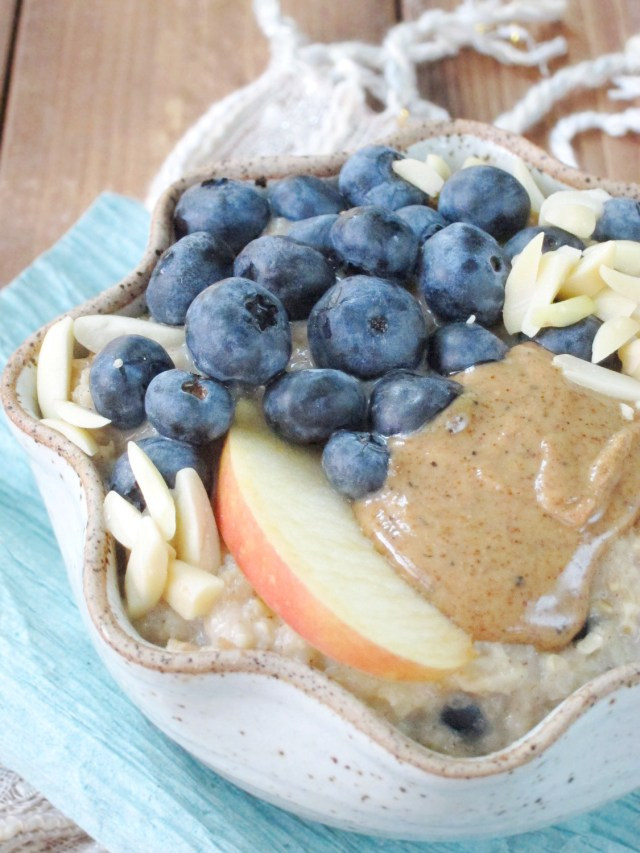 Blueberry Apple Oatmeal by the Oatmeal Artist