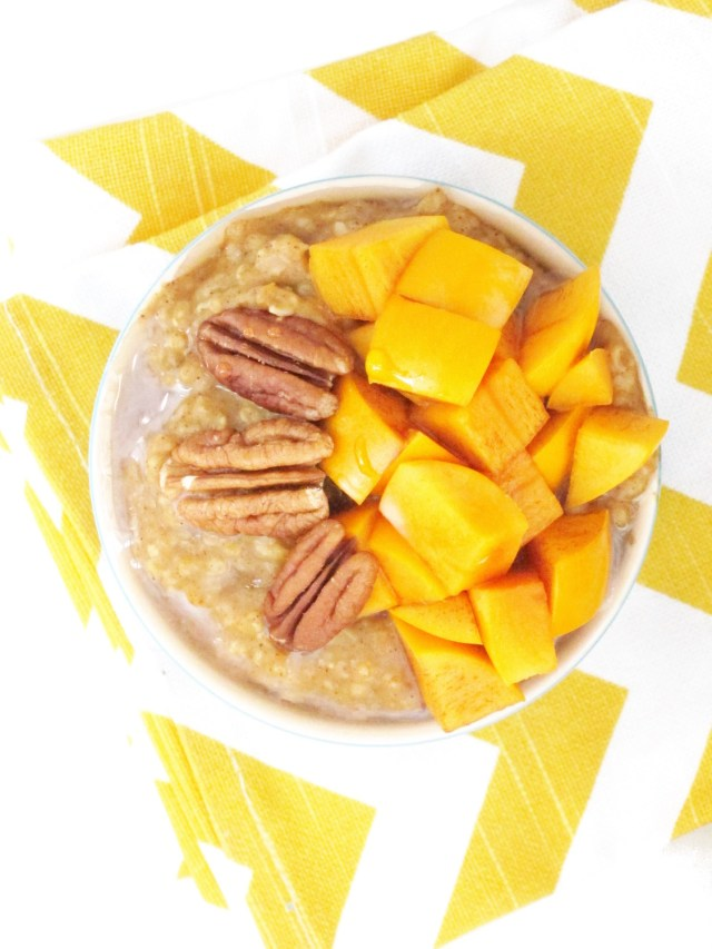 Chai-Spiced Pumpkin Oatmeal with Persimmon by the #oatmealartist #vegan