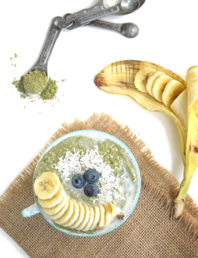 Matcha Yogurt Overnight Zoats #Vegan #Oatmeal