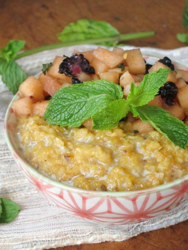 Cantaloupe Date Oatmeal with Mint-Melon Relish by the Oatmeal Artist #Vegan