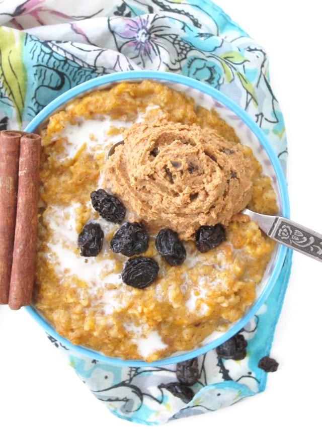 Cardamom Butternut Squash Oatmeal with Cinnamon Raisin PB2 #OatmealArtist #Vegan