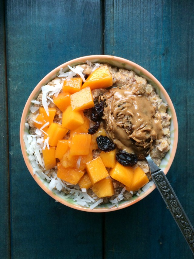 persimmon-cinnamon-raisin-oatmeal