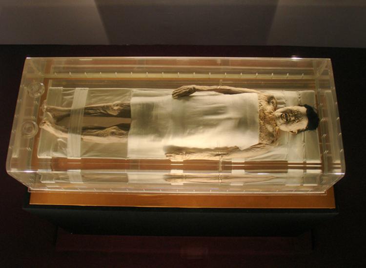 9 cadavres incroyables qui ne se sont jamais décomposés