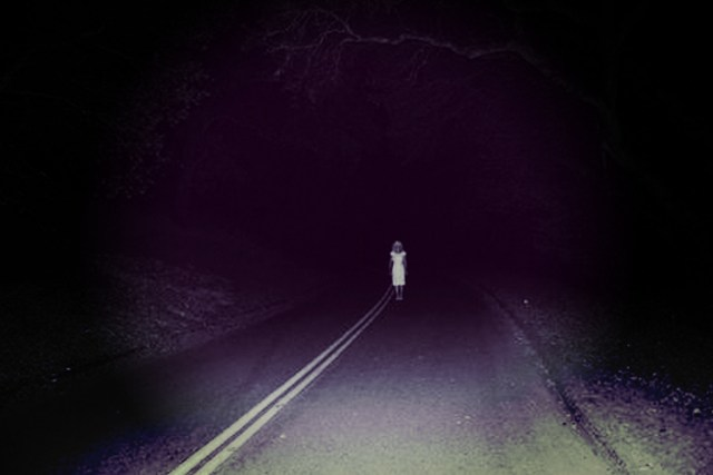 5 Disturbing Trucker Stories From the Creepy Back Roads
