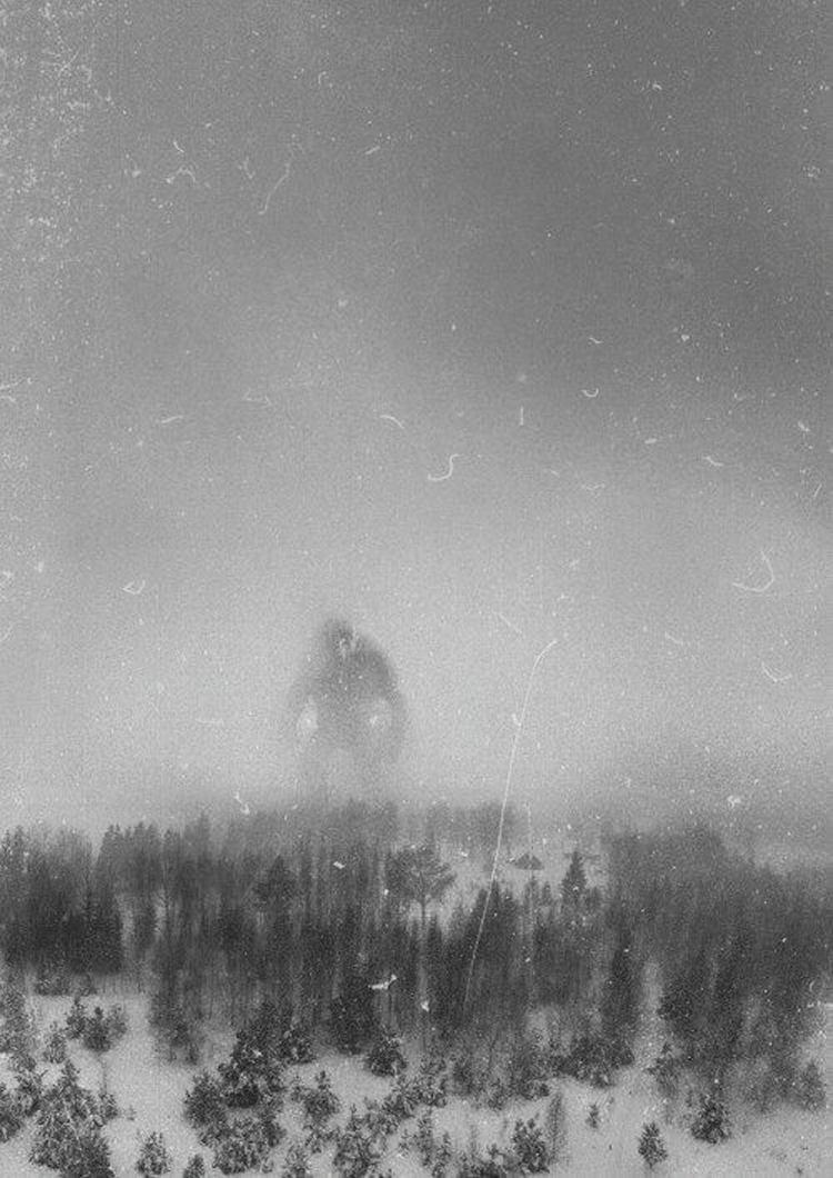 20 anciennes photographies mystérieuses découvertes sur Internet