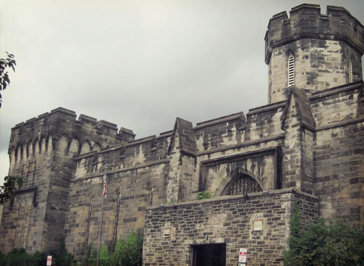 Fantômes du passé: 10 lieux aux histoires violentes tourmentées par les esprits