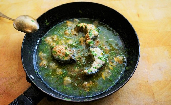 Stewed Eels with Parsley Sauce | Eel Recipes