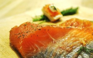 Salmon Gravlax Recipe - home cured salmon by Theo Michaels