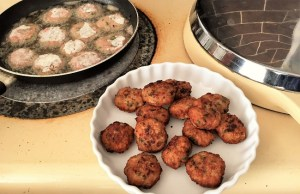 Keftedes - Greek MeatBalls by Theo Michaels