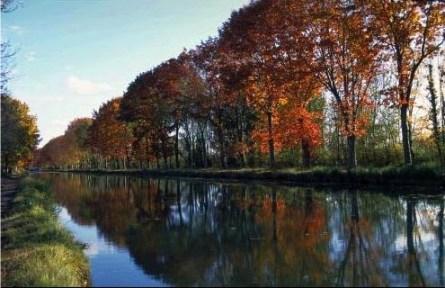 Tarn Canal Photo