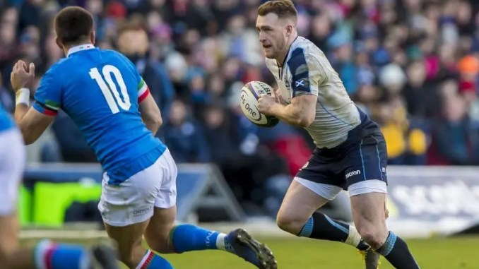 Stuart Hogg on the attack against Italy.