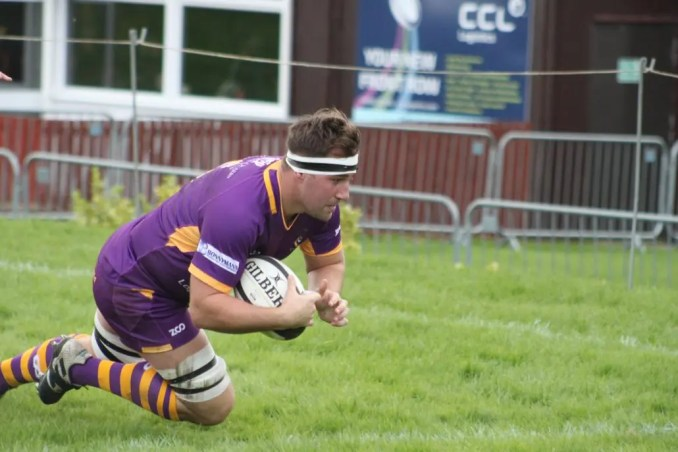Fraser Grant dives in to score versus Currie Chieftains. Image: Kevin Quinn
