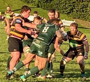Hawick booked their place in the last eight with a strong second half showing against Cartha Queens Park. Image: Kenny Baillie