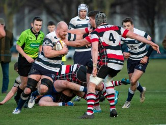 Jason Hill carries the ball for Heriot's in his team's Super6 victory over Stirling County. Image: Ian Jacobs