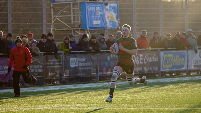 Oscar Baird carries the ball against Cartha last week. Image: Owen Cochrane