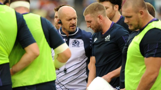 Gregor Townsend and Finn Russell's relationship should never been allowed to deteriorate to this stage. Image: Fotosport/David Gibson
