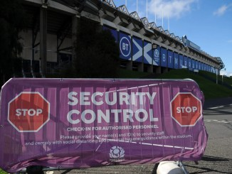 Crowds returned to rugby with strict security measures in place when Edinburgh took on Glasgow Warriors at Murrayfield this evening. Image: FOTOSPORT/DAVID GIBSON
