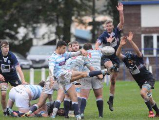 Edinburgh Accies scrum-half Ben Afshar gets the ball away. Image: Grant Kinghorn