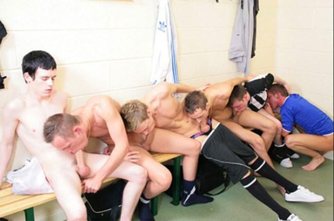 football baise entre mecs