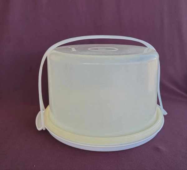 Tupperware Vintage Cake Taker Keeper Holder 3 Pieces 10 Wide 683 684 Sheer White