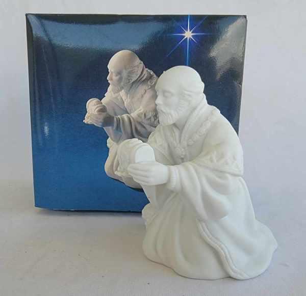 Avon Vintage Christmas Nativity The Magi Melchior White Porcelain Bisque Figurine 1982