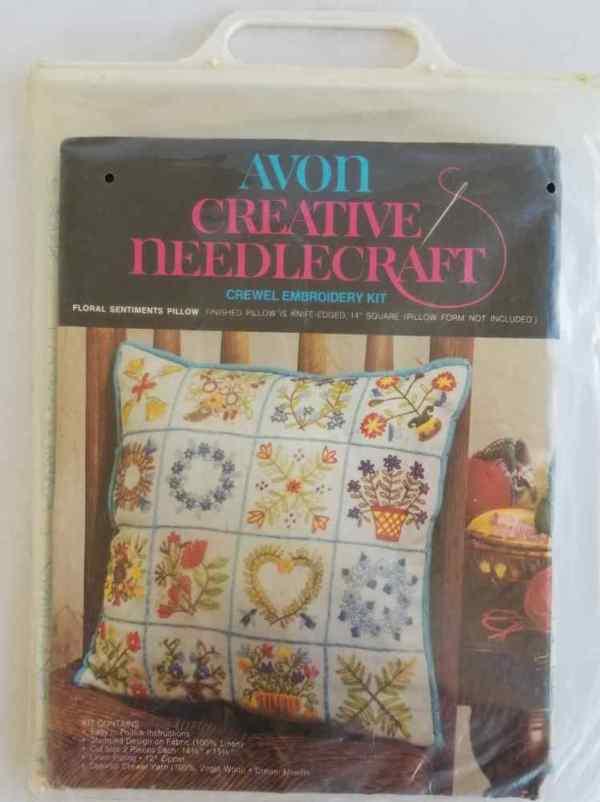 Avon Creative Needlecraft Crewel Embroidery Kit Floral Sentiments Pillow Vintage 1974