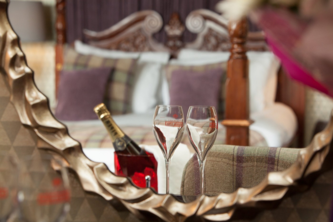 luxury four poster suite for weddings