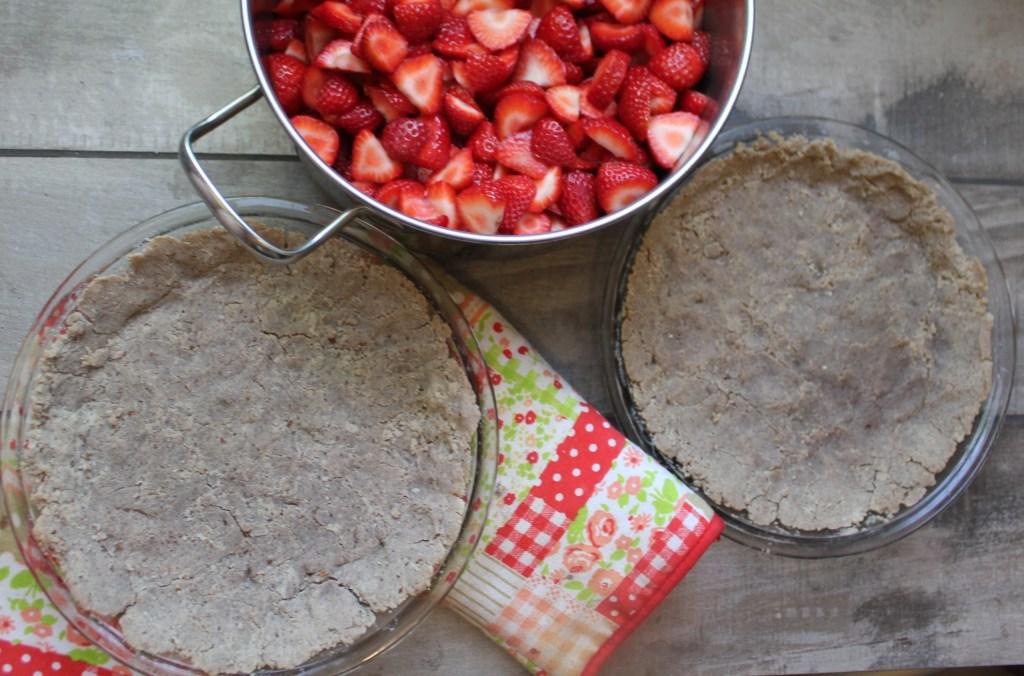 Chocolate mint strawberry pie