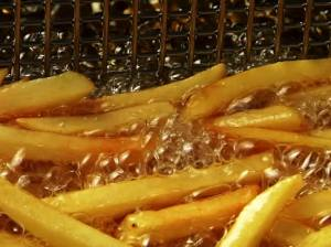 Deep frying pommes frites
