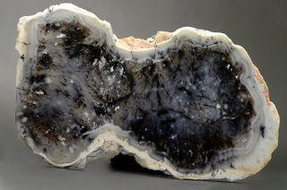 A large opal geode