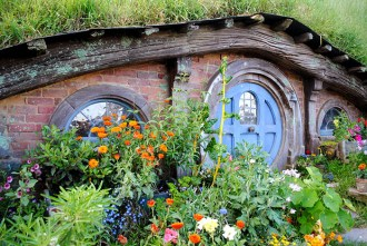 Flowers and door at Hobbiton Movie Set