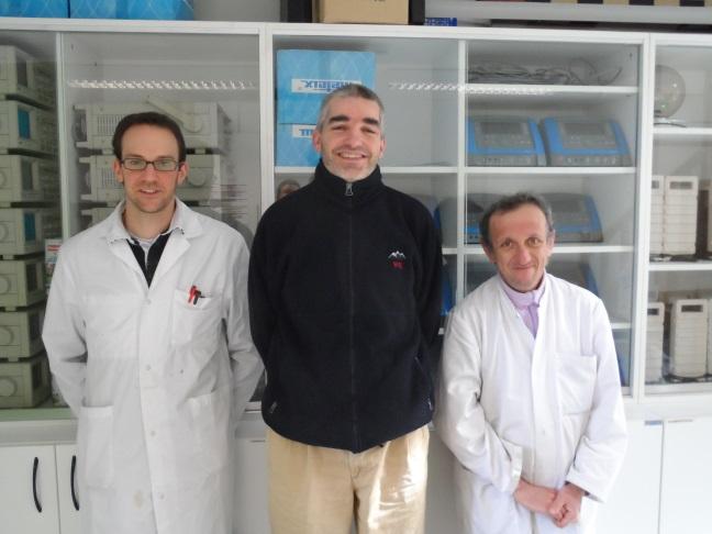 Sébastien Managaou (laboratoire), Sébastien Martinez (Physique) et Jean-Michel Golosoff (laboratoire) - © Hervé Cazcarra