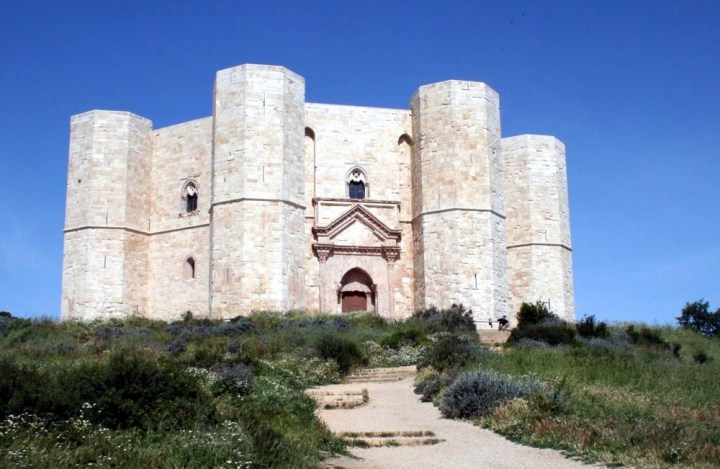 Castel_del_Monte ©https://commons.wikimedia.org