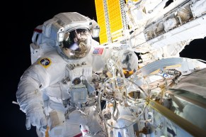 ISS-48 Jeffrey Williams at the Harmony module ©