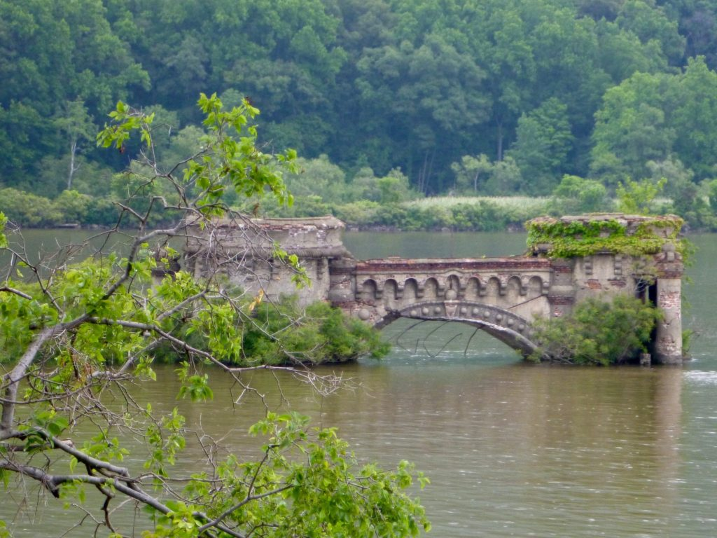arch of breakwater surrounding Bannerman Island