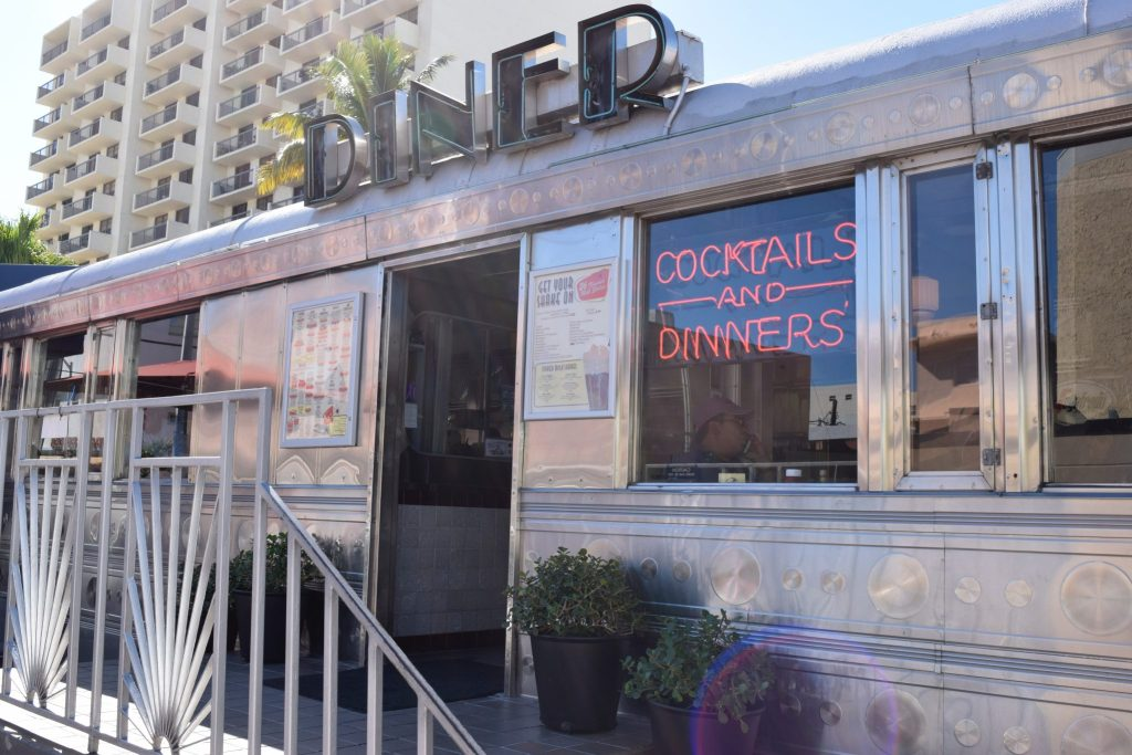 11th street diner south beach