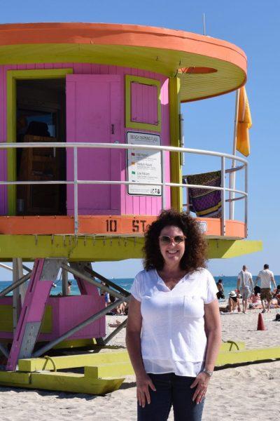 the-open-suitcase-on-miami-beach
