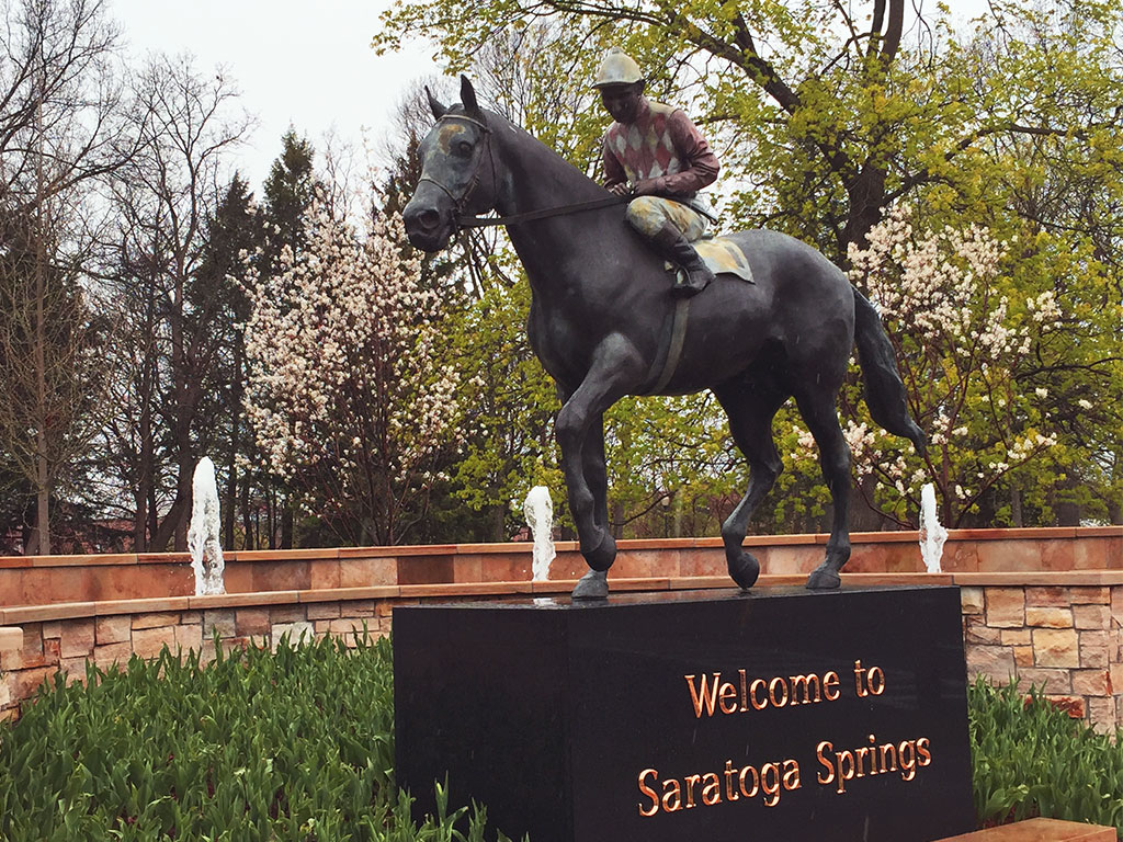 Welcome to Saratoga Springs NY sign - what to do in Saratoga Springs