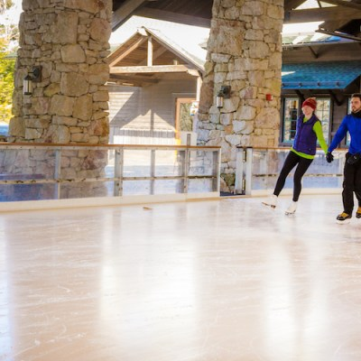 8 Family-Friendly Ice Skating Rinks in the Hudson Valley