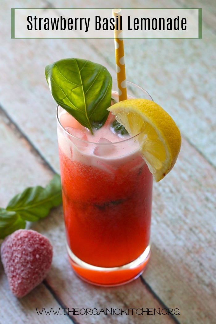Fresh Strawberry Basil Lemonade #lemonade #strawberrylemonade #springdrinks #basil