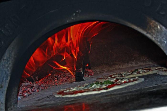 Dessert Pizza from Settobello Pizzeria Napoletana