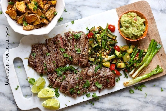 Grilled Skirt Steak and Veggies with Guacamole