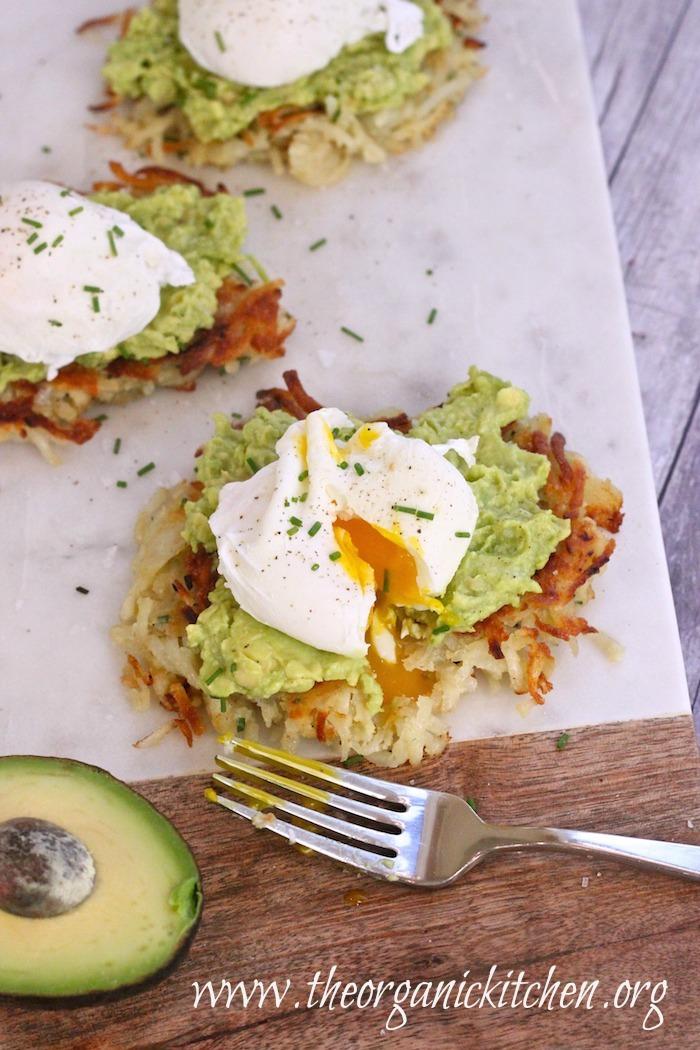 "Potato Avocado ""Toast"" With Perfectly Poached Eggs!"
