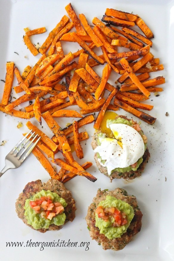Don't these Jalapeño Turkey Burgers look amazing?! Top them with guacamole, pico de gallo and poached egg and serve with a side of sweet potato fries for an amazing Paleo dinner! #whole30 #paleo