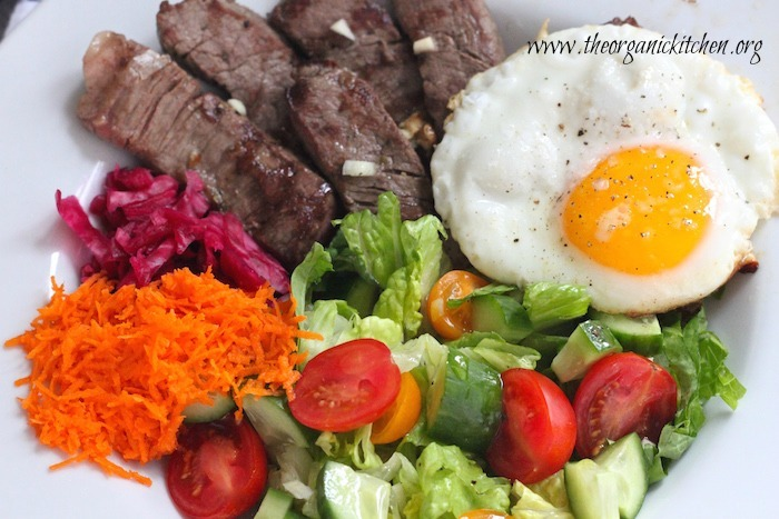 15 Minute Steak and Eggs with Salad (Paleo/Whole 30)