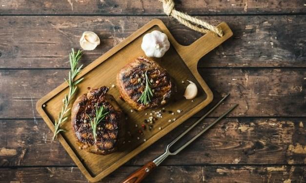 Steak Au Poivre (Peppered Filet Mignon)