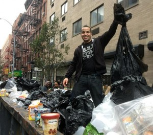 dumpster-diving-sandy