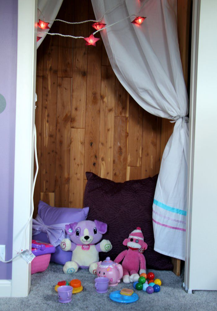 Organizing Closets - Closet Cozy Corner