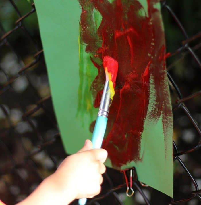 DIY Outdoor Easel For Kids - Painting On Fence